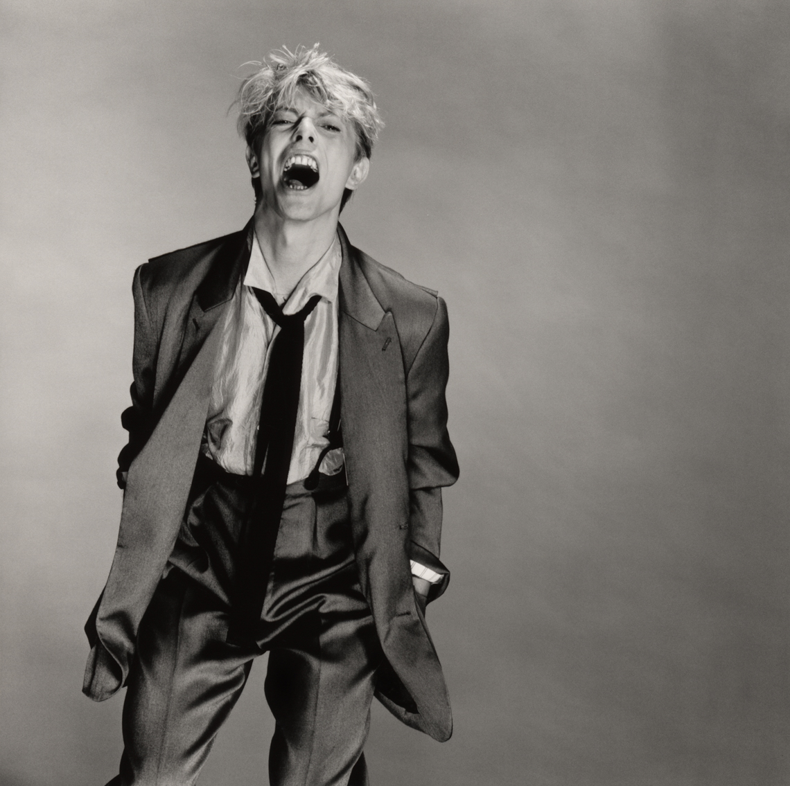 181._David_Bowie_screaming.tif