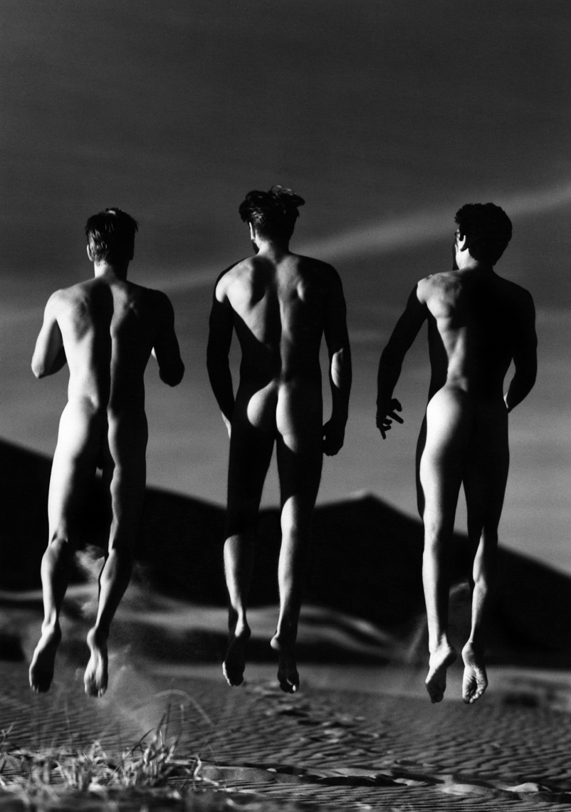 45._Jeff_Clarke__Troy_Couture__Noah_Christopher__Kelso_Dunes__1991.tif